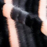 Imitatiebont Nerts textuur, roze en zwarte imitatiebont stof per meter – 1625 Black/Grey Pink
