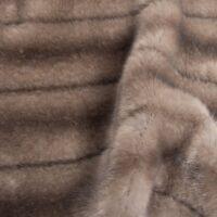 Imitatiebont Lichtgrijs getextureerd Mink imitatiebont stof per meter – 6004 Light Grey